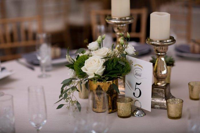 Deco mariage a faire soi meme menu mariage belle réception deco simple rose blanche centre de table