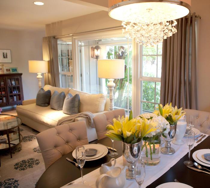 Salon cosy aménager un salon en longueur appartement déco simple lustre baroque table ronde coin à manger