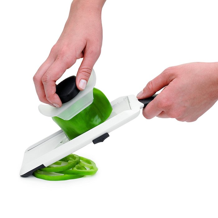 Utile idee cadeau pendaison de crémaillère idée cadeau crémaillère pratique cadeau pour couper des legumes
