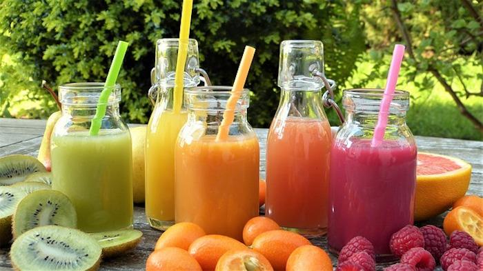 Jus detox pour maigrir boisson pour perdre du ventre chouette option quelle fruits choisir