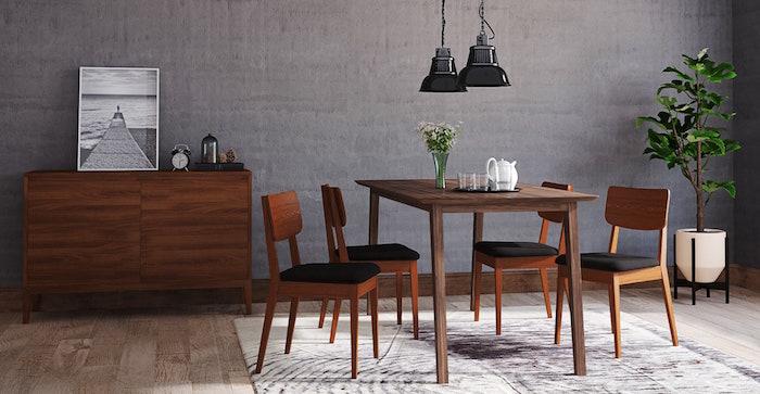 déco salle à manger style rétro avec meubles en bois vintage et mur gris