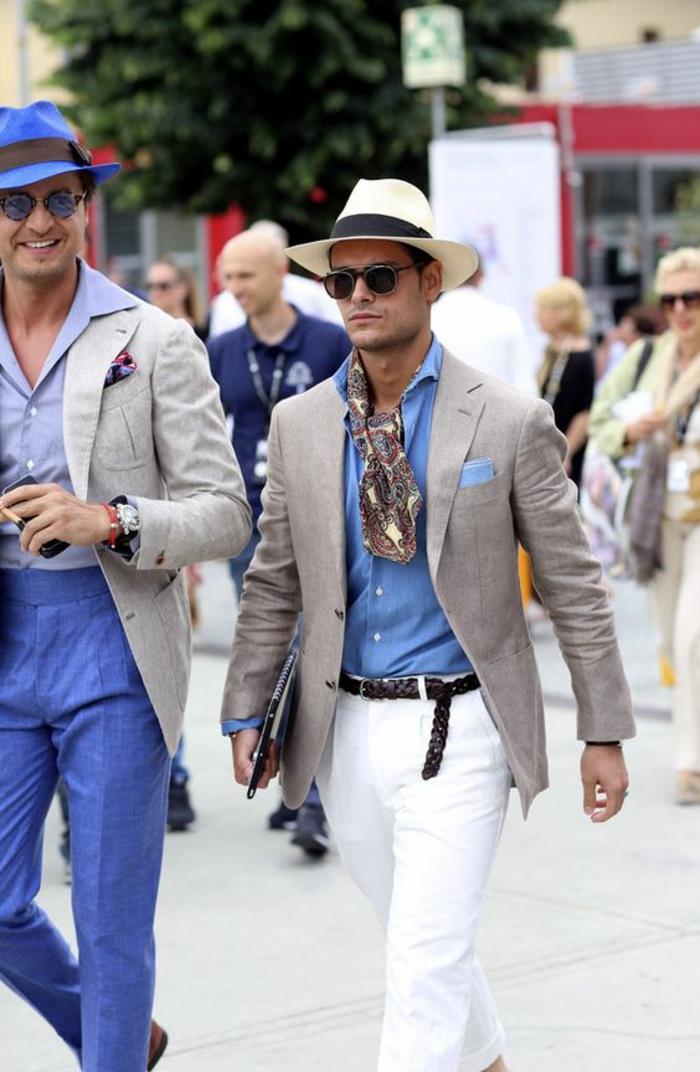 marque vetement homme tendance, pantalon blanc et écharpe en soie, chic italien, chemise en bleu pastel, mouchoir de pochette en bleu pastel