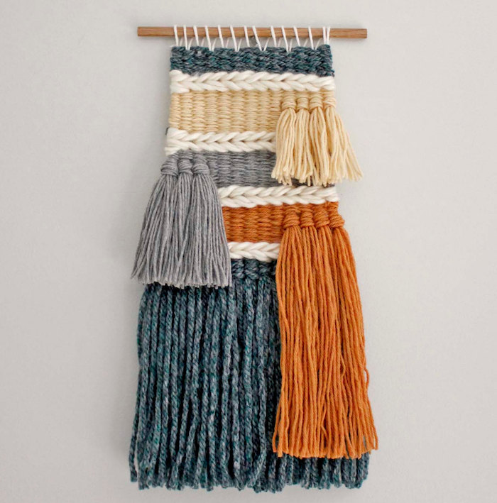 deco macrame fait à la main en laine avec frange vert gris orange