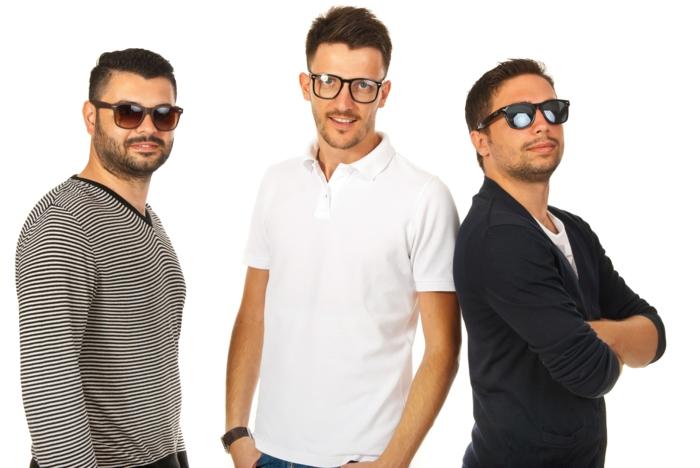 monture de lunette en trois versions, une monture lunettes de vue homme tendance et deux montures de lunettes de soleil en style macho, grosse lunette de vue