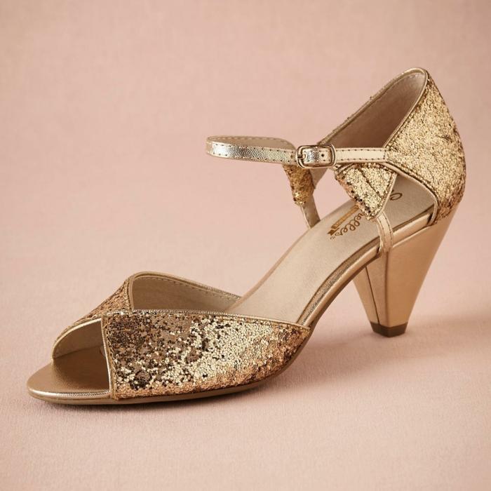 chaussure mariage femme chaussure mariee, chaussure de mariée confortable, chaussure dorée mariage, paillettes couleur or, talons épais et pointus