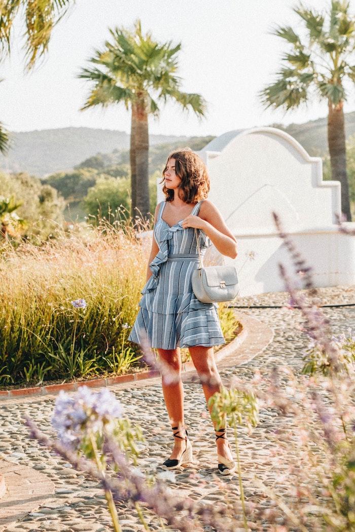 Robe été courte rayé robe droite fluide tendance moderne bohème chic robe tenue de vacances palmes espadriles ballet