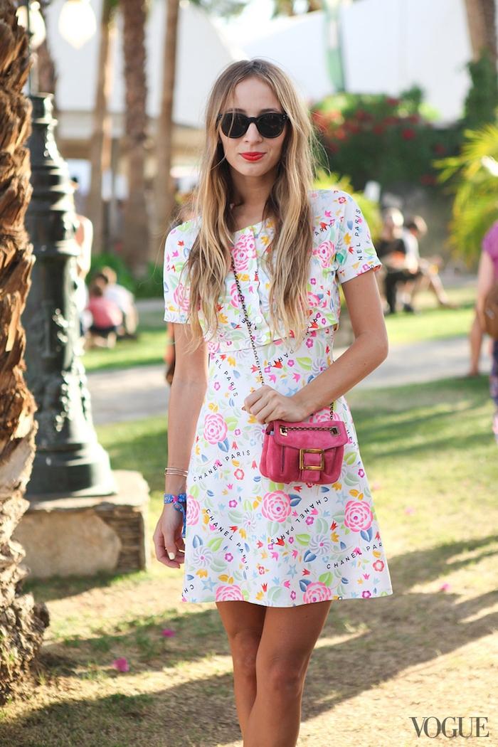 Chouette robe longue moulante robe droite fluide cool idée tenue d'été belle tenue vogue robe fleurie couleur pastel
