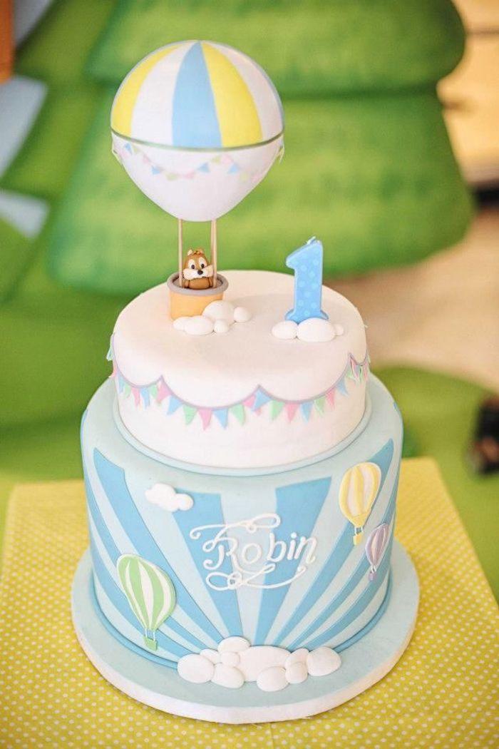 Merveilleux gateau anniversaire 1 ans gateau pour enfant desserts préférés des enfants grand gâteau deux étages chip et dale