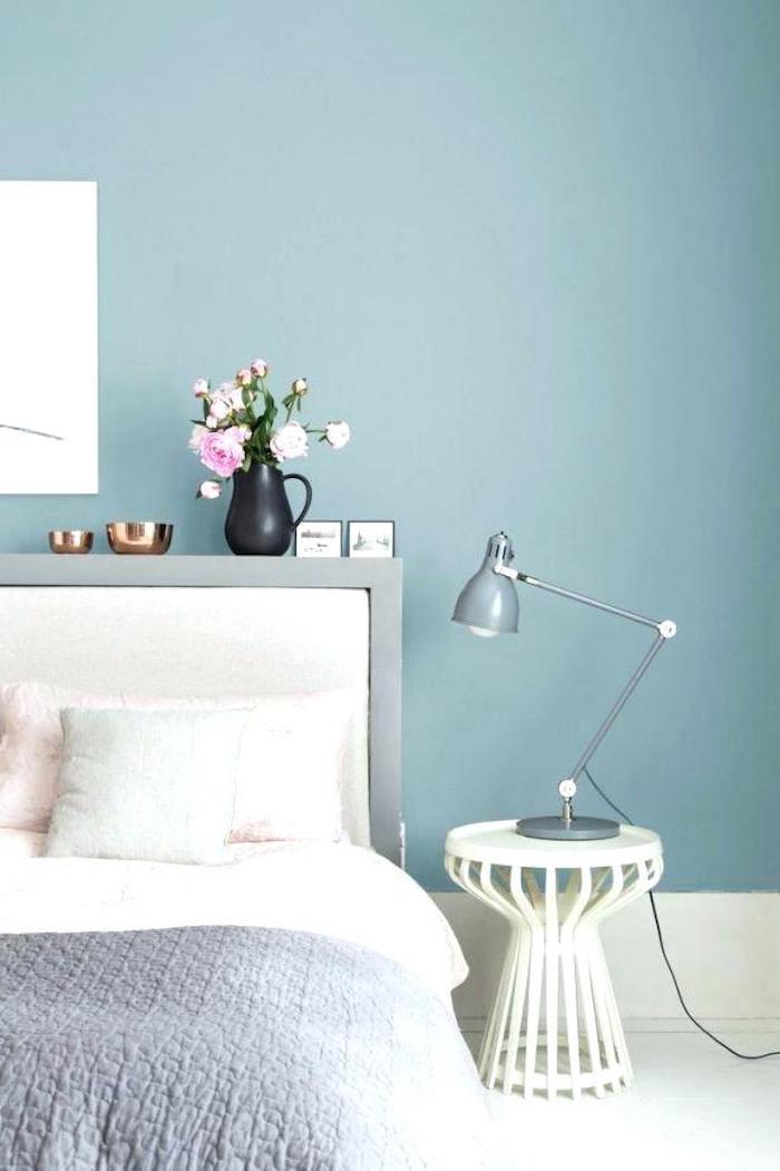 Couleur mur chambre couleur idéale pour chambre adulte idée déco chambre moderne bleu et gris