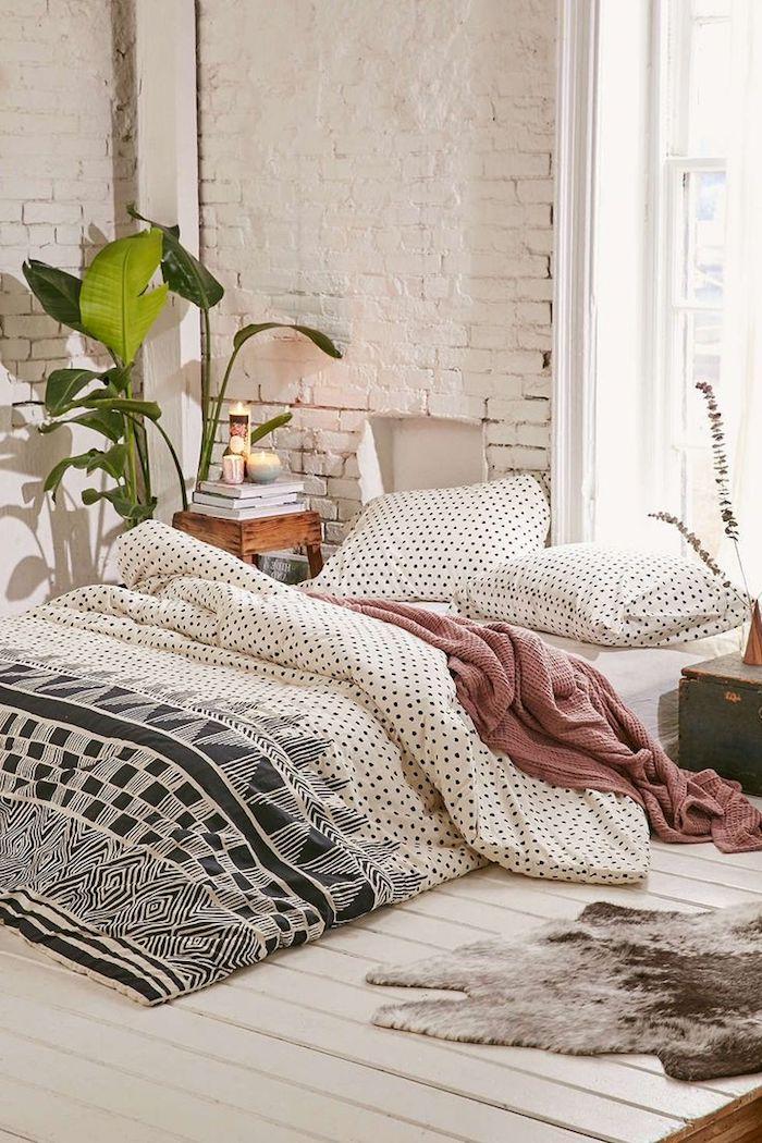 Chambre parentale moderne couleur idéale pour chambre adulte design moderne bohème chic plante verte tapis scandinave