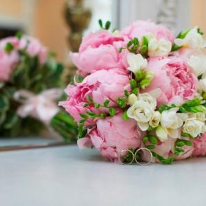 La magie du bouquet champêtre - succombez au charme de la légèreté printanière