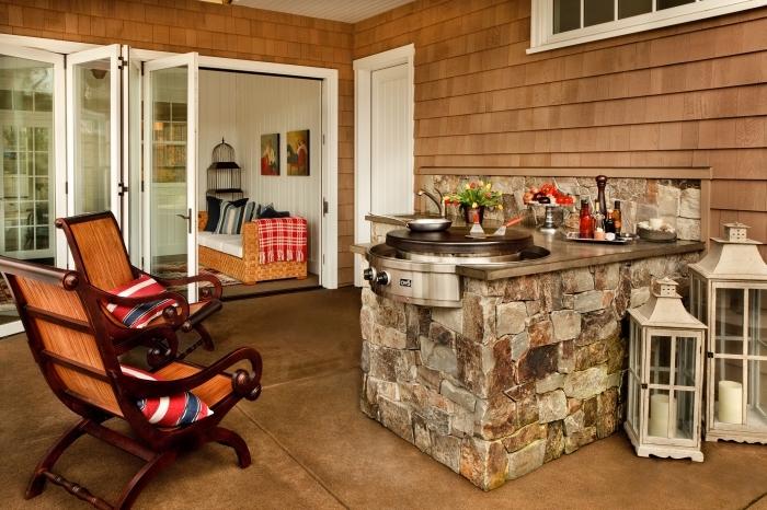 déco de terrasse avec mini coin de cuisine extérieur, modèle d'ilot en pierre avec barbecue ou plancha électrique