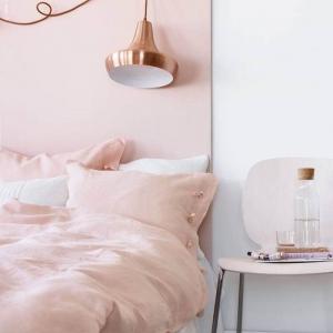 Comment décorer la chambre rose et blanc - milles idées pour réussir