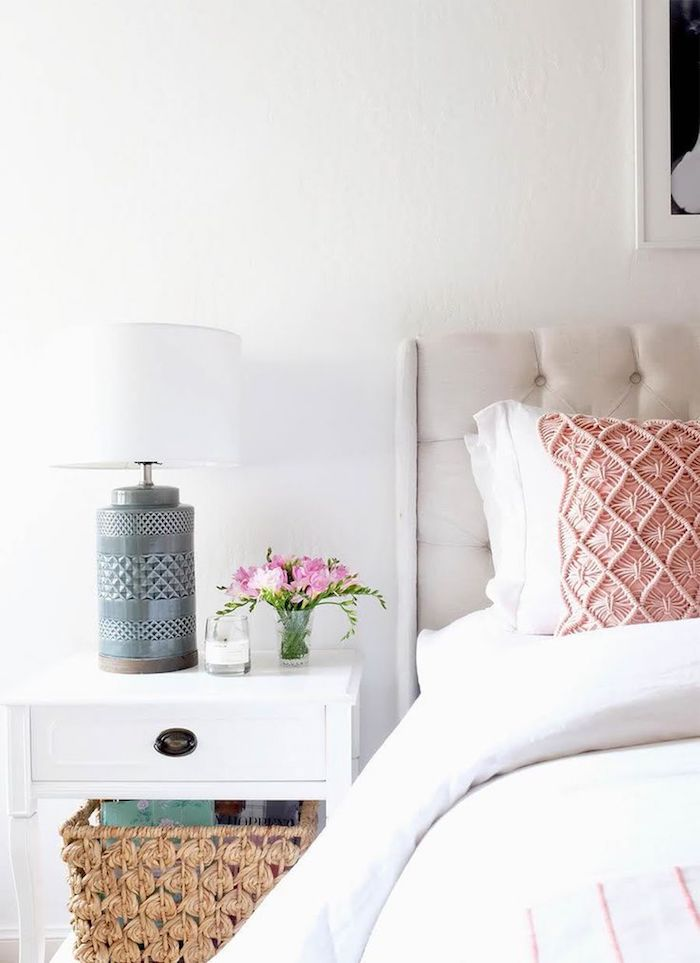 Deco chambre fille ado chambre rose et gris belle chambre à coucher adulte blanc détails roses