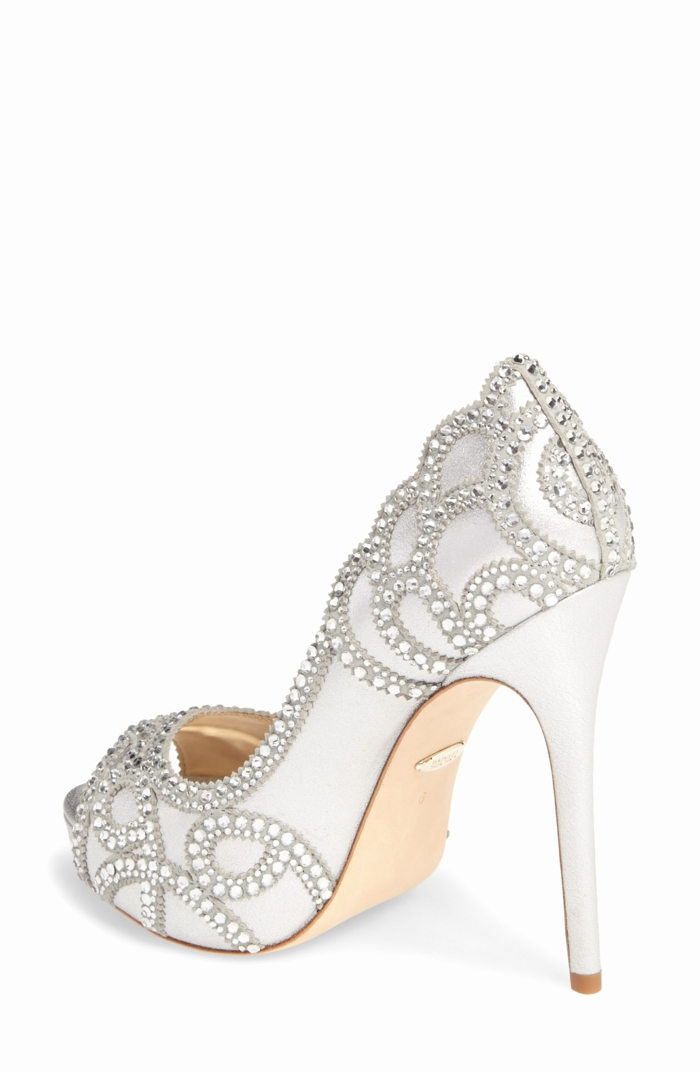 chaussure blanche mariage, chaussure mariee, escarpin mariage, escarpin blanc mariage, talons aiguilles très hauts