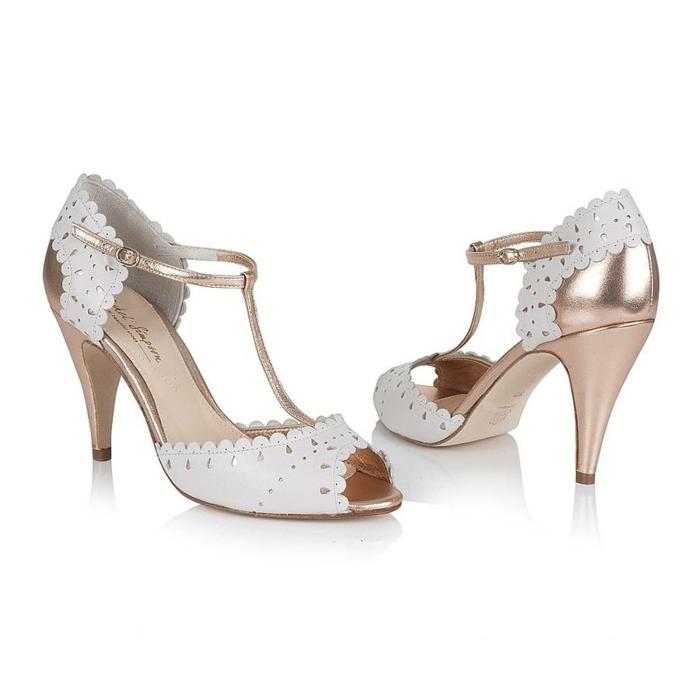 chaussure mariage femme, chaussure dorée mariage, chaussures rose poudré mariage, imitation de dentelle blanche devant et derrière, matière ajourée