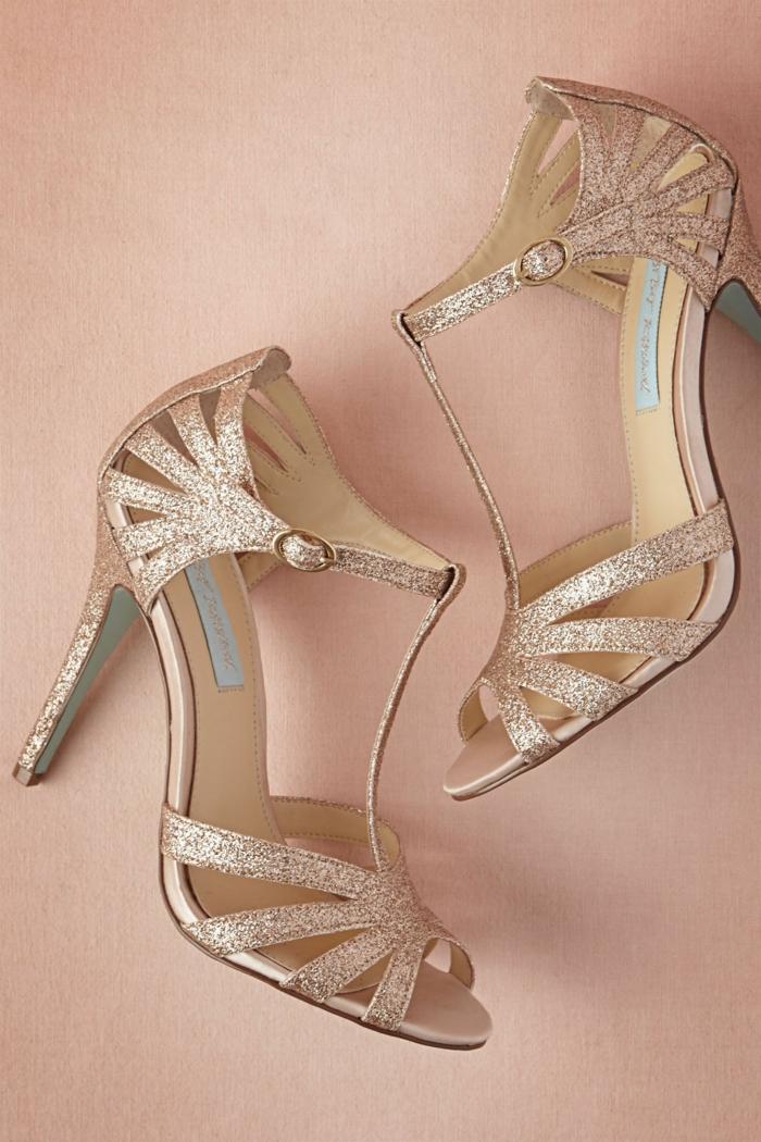 chaussure dorée mariage, nuances bronzées, talons confortables hauts, chaussure femme mariage, femme vamp, allure sexy