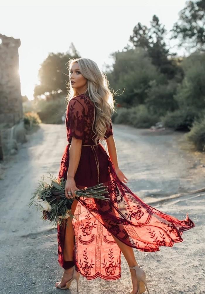 Robe boheme longue robe longue fleurie robe longue rose poudré tenue belle robe rouge mariage sur la plage tenue femme mariage bohème