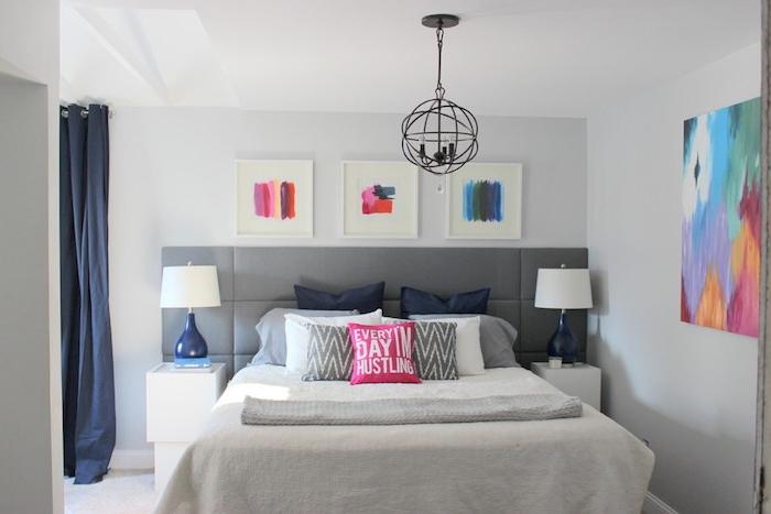 Tapisserie chambre adulte idée couleur chambre aménagement chambre à coucher adulte tableau abstrait triptyque