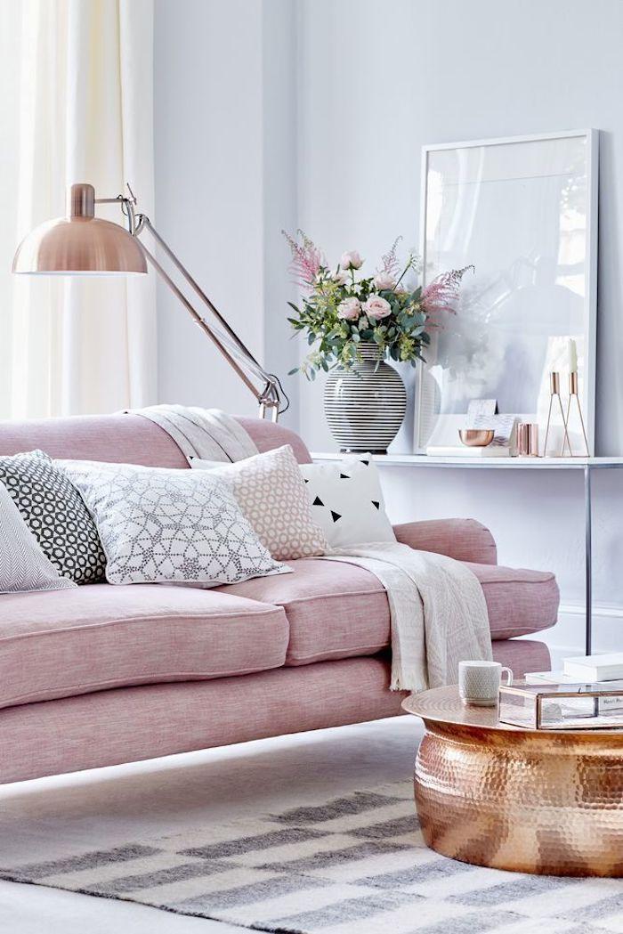 Chambre fille deco chouette de salon féminine canapé rose lampe copper idée deco chambre petite fille mignonne déco