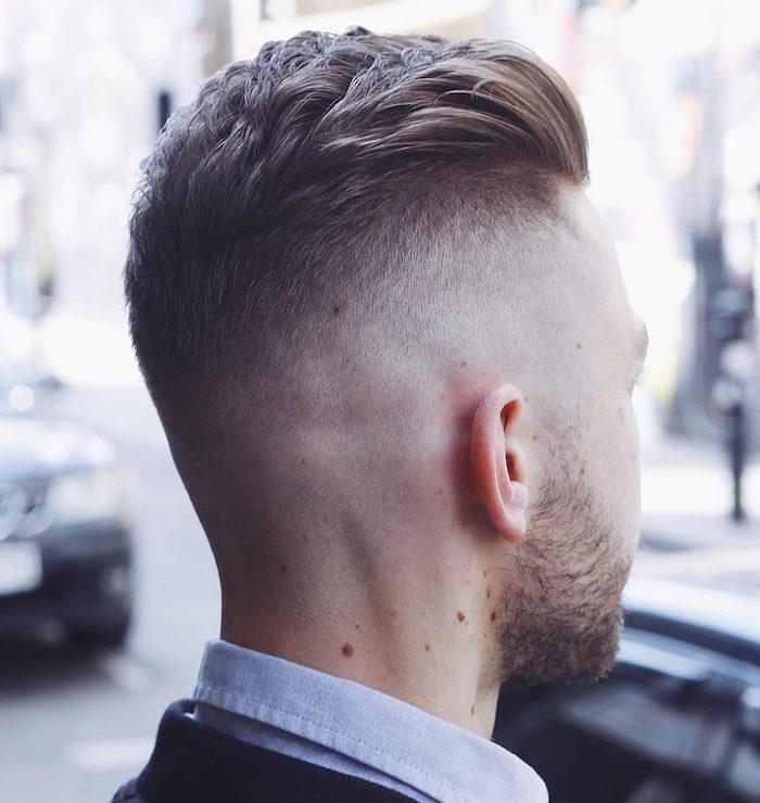 photo dégradé homme court haut avec dessus plus long et barbe courte