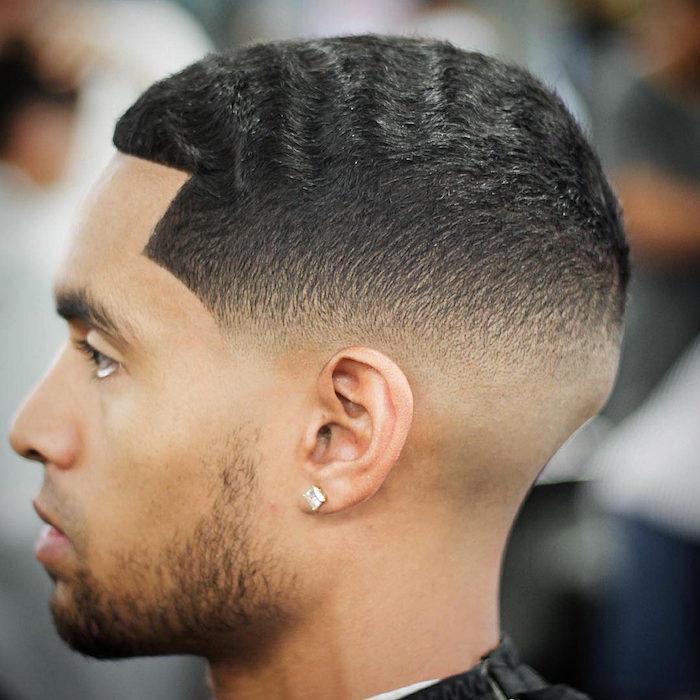 Coupe De Cheveux Homme Court Degrade Noir