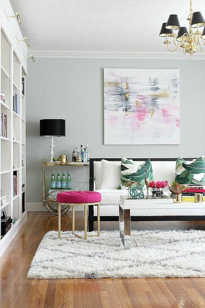 Simple idée chambre rose poudré et taupe chambre gris et rose aménagement salon coussins tropique thème rose blanc et vert art abstrait salon chic
