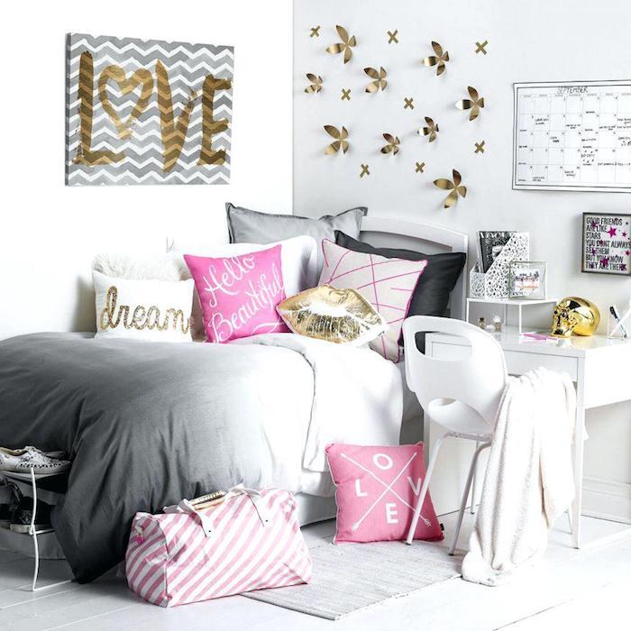 Chouette idée chambre rose poudré idée déco appartement chambre rose et doré accessoires déco coussins mignons ado chambre à coucher