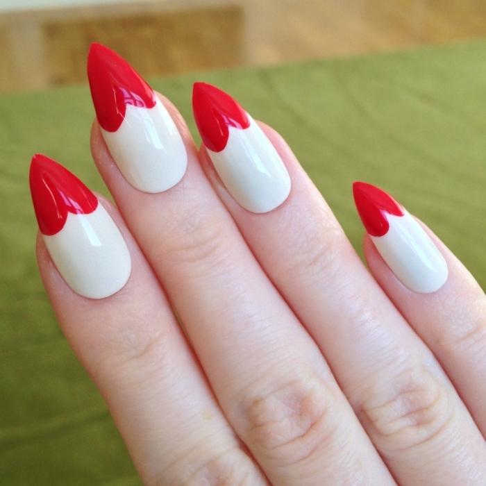 idée manucure pour la Saint Valentin en blanc et rouge, nail art avec vernis de base blanche et bouts à forme coeur rouge