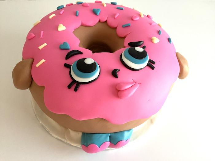 Gateau anniversaire fille gateau anniversaire facile faire un gateau pour son enfant forme doughnut mais sanas sucre
