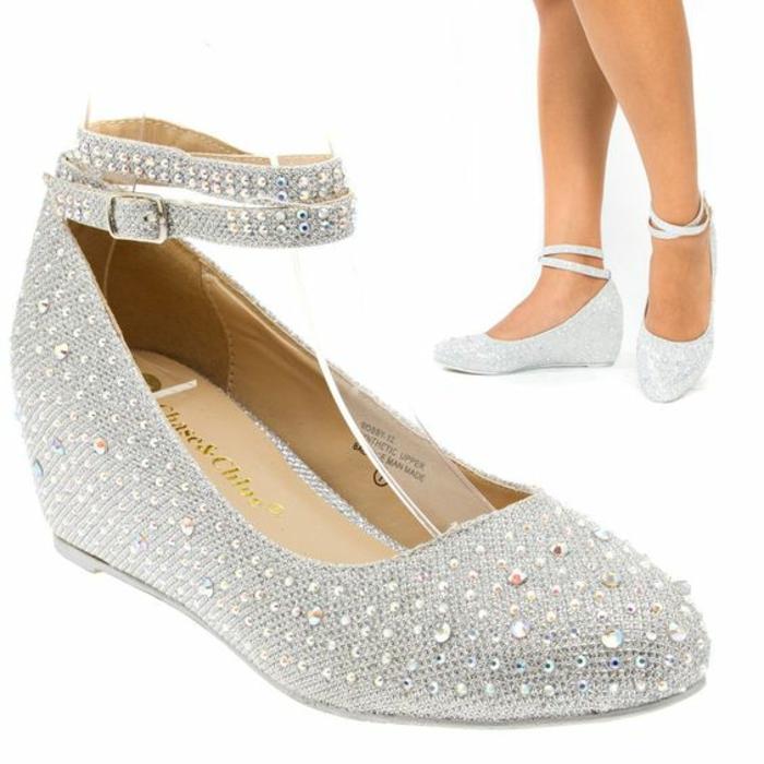 chaussure mariage femme, chaussure mariee, chaussure de mariée confortable, plate-forme basse,deux tours de cheville aux sequins et fermoir latéral