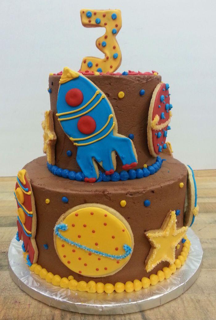 Idée design gateau anniversaire fille adorable idée de gâteau mignon pour un enfant biscuits