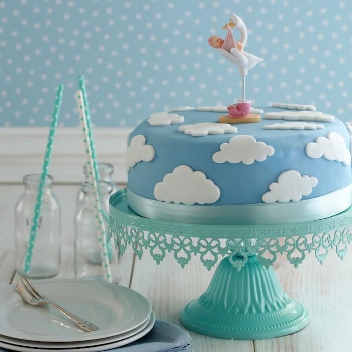 Mignon gateau anniversaire facile gateau pour enfant cool idée déco gâteau pour le nouveau bébé