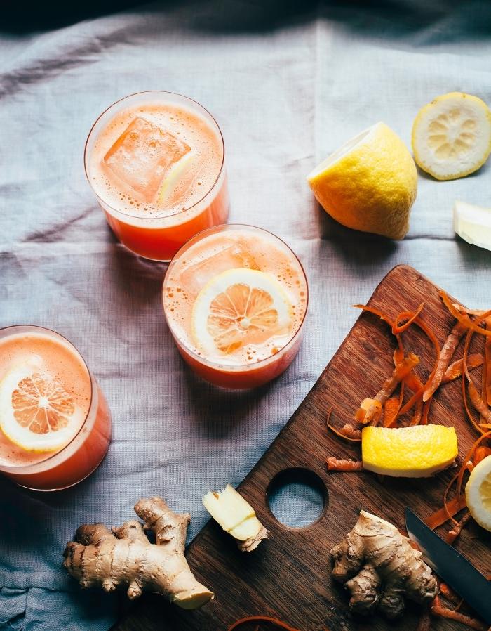 comment faire une citronnade avec purée d'oranges et jus de citron fraîchement pressé à garnir avec gingembre