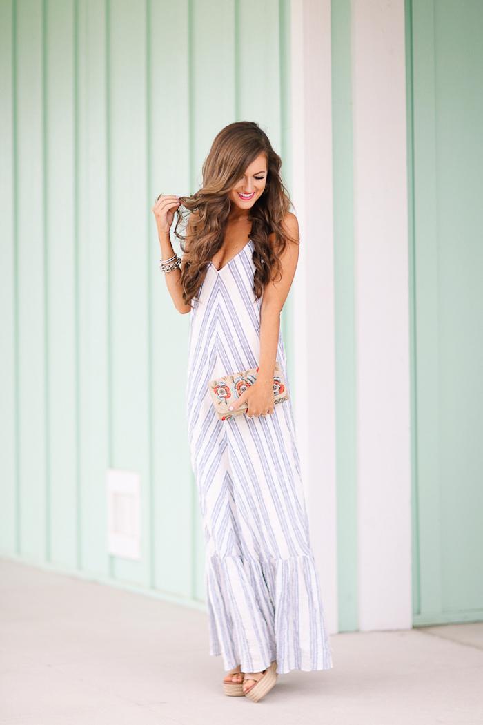 Robe longue été pas cher robe été longue belle tenue pour femme chic bohème vacances à Grèce motif géométrique robe blanc et bleu claire