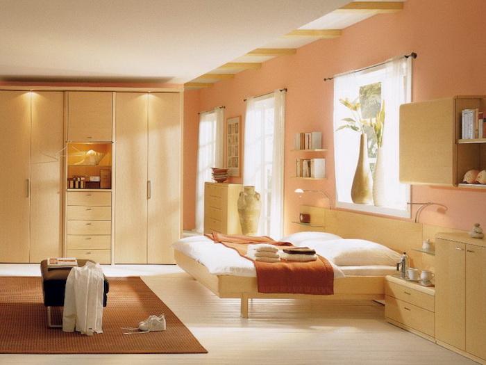Tendance couleur 2018 couleur de peinture pour chambre idée moderne design orange beige