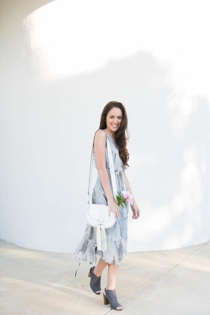 Robe légère été idée robe été longue idée comment s'habiller en été confort robe mi longue blanc et gris transformer la robe de plage en robe de ville