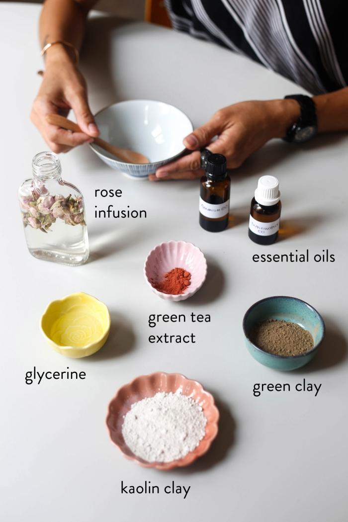 routine beauté naturelle pour une belle peau sans imperfection, recette de masque maison visage à effet tonifiant et rajeunissant, à l'argile, glycérine, infusion de roses et huiles essentielles