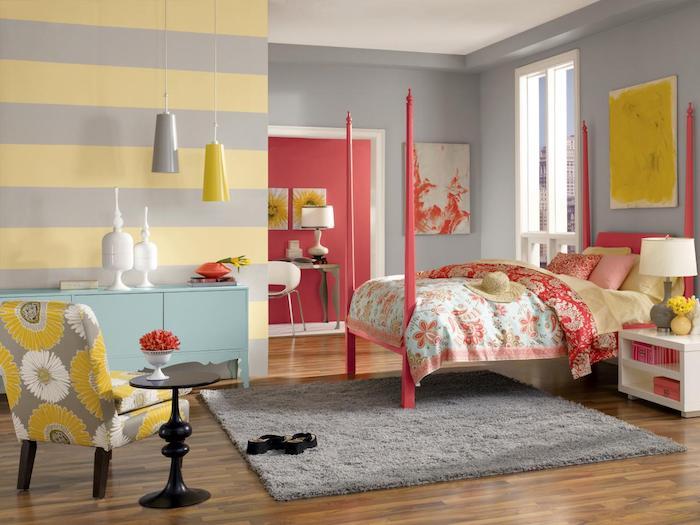Tapisserie chambre adulte peinture mur chambre choisir les bonnes gammes de couleurs jaune et gris mur bicolore rayé