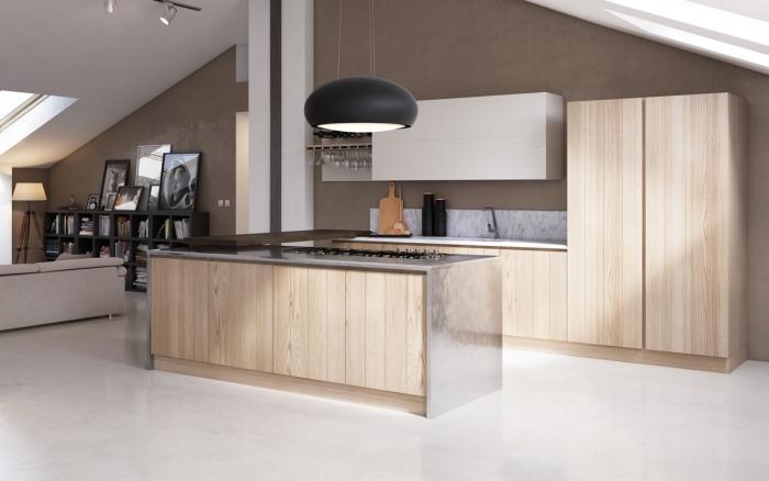 déco de cuisine bois clair aux murs taupe et plafond blanc avec carrelage de sol blanc laqué, aménagement cuisine avec ilot centrale