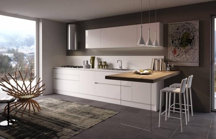 avec quelle couleur associer le gris dans une déco cuisine moderne, modèle de cuisine ouverte en blanc et gris