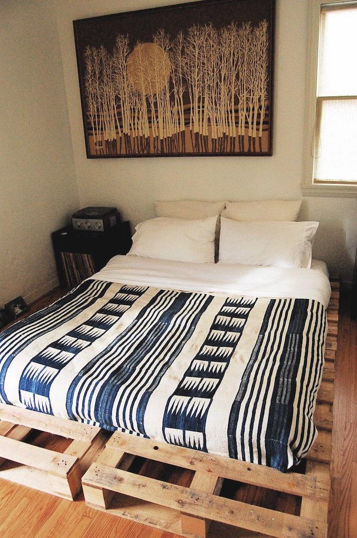 fabriquer un lit en palette simple pour matelas double adulte pour déco rustique