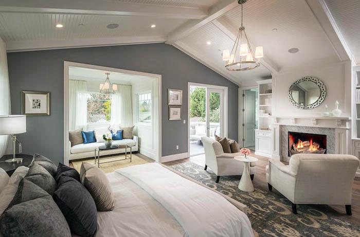 Chambre bleu canard aménagement chambre adulte couleurs qui s'assemblent gris blanc cheminee