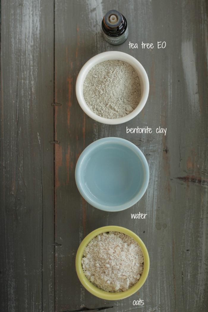 un masque pour les boutons et les points noirs à l'argile, flocons d'avoine et huile essentielle de tea tree, qui purifie et nettoie la peau