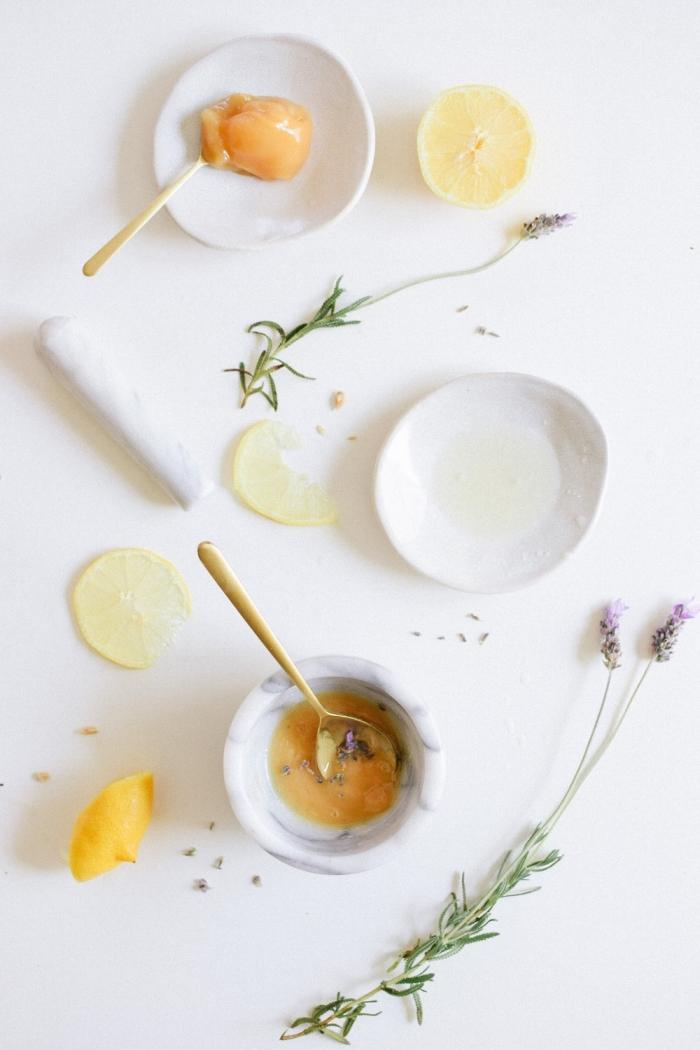 un soin éclaircissant naturel et efficace pour le visage, recette de masque miel citron et lavande