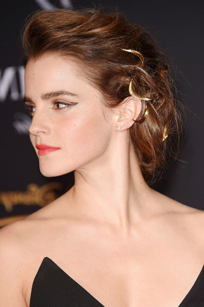 bijoux de cheveux en métal doré, Emma Watson avec tie and dye chatain