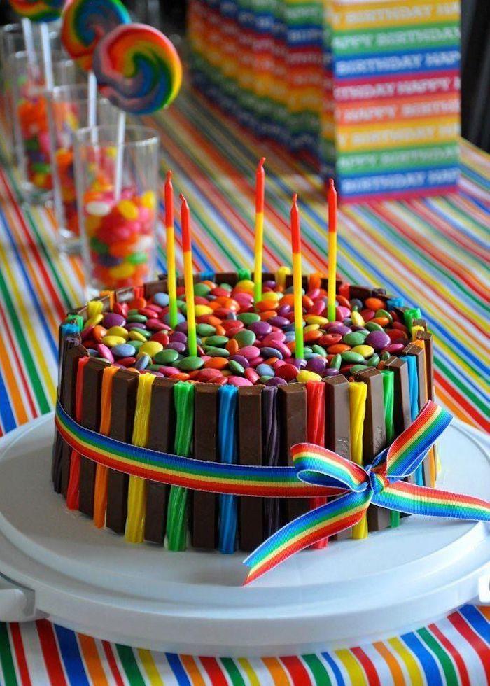 Chouette gateau anniversaire garcon ou gateau anniversaire fille le gâteau aux fruits chocolat coloré