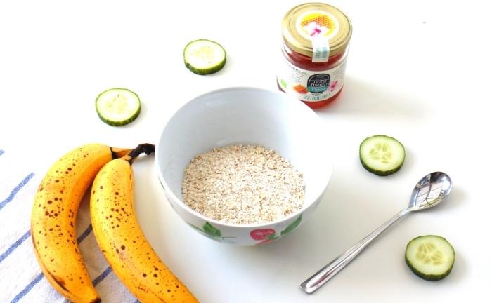 recette de masque concombre, flocons d'avoine et à la banane, destiné aux peaux sensibles et sèches, à effet purifiant et hydratant