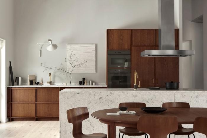 modèle de pièce aux murs blancs aménagée avec meubles de bois marron foncé, déco cuisine blanc et bois foncé