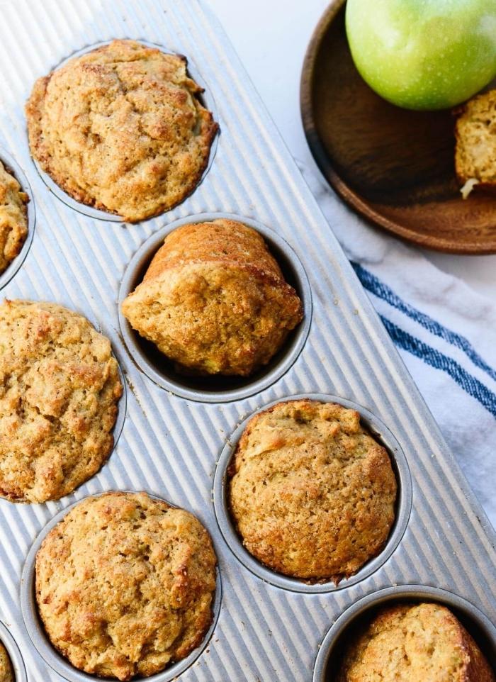 recette saine de muffins vegan moelleux à la pommes et banane, sans gluten